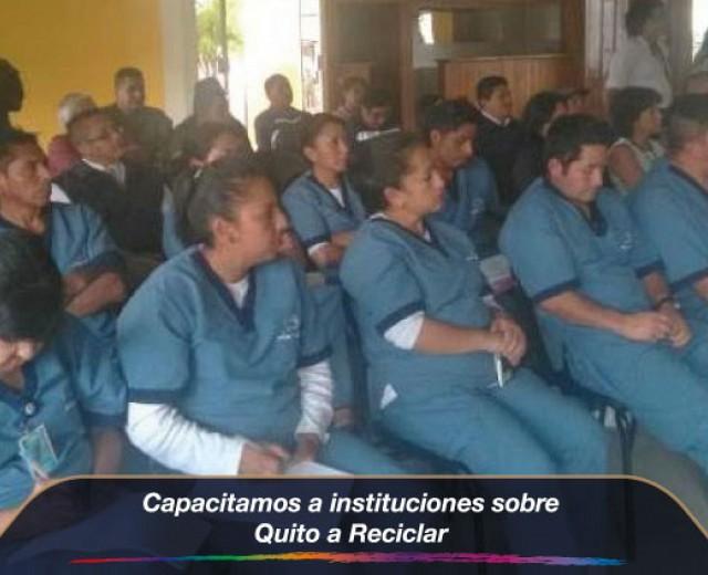 """Capacitación sobre """"Quito a reciclar"""""""